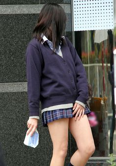 【JK】暖かくなってきた今が旬!?女子高生の脚や太ももに全力するスレ 42枚目