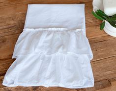 Audrey Hand Towels | Gracious Style