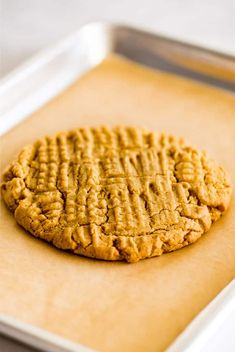This recipe for One Peanut Butter Cookie makes a cookie that's the perfect size for sharing (or not) and is almost dangerously easy to make. Small Desserts, Köstliche Desserts, Small Meals, Meals For One, Mug Recipes, Sweet Recipes, Chocolate Chip Cookies, Recipe For 1, Sweets
