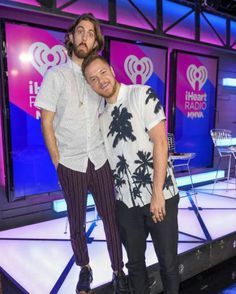"""183 Likes, 1 Comments - ImagineDragons The Netherlands (@idragons_nl) on Instagram: """"Imagine Dragons' attends the 2017 iHeartRadio MuchMusic Video Awards - Press Room on June 18, 2017…"""""""