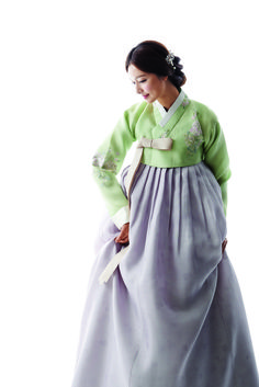 I have always wanted to purchase my Mum a Hanbok, but especially on my Wedding day. I want her to look the best as a compliment for raising me, loving me, and taking care of me for as long as she has. This is one of the styles I believe she will love.