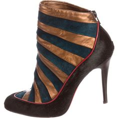 Pre-owned Christian Louboutin Amor Ankle Boots ($525) ❤ liked on Polyvore featuring shoes, boots and ankle booties