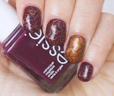 Nail Art: Falling Leaves - Willkommen im Herbst! #essie #essiepolish #nails