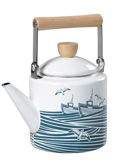 Full steam ahead!This enamelware kettle is suitable for gas and electric hob use. It can also be used on portable stoves on seaside camping trips or during beach hut afternoons.Classic Whit...