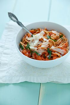 Tomato Mascarpone Pasta (onion, tomato paste, red wine, crushed tomatoes, parmesan cheese)
