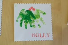 Learning Lessons in Mummyography: Homemade Christmas Card Handprint Tutorial...