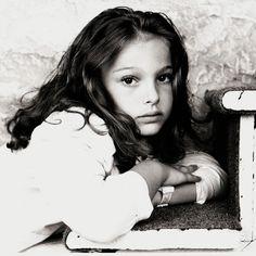 Renaissance Portraits of Modern Day Celebrities natalie portman Natalie Dormer, Child Actors, Young Actors, Young Celebrities, Hollywood Celebrities, Celebs, Natalie Portman Young, Mathilda Lando, Nathalie Portman