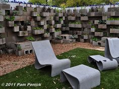 jardim com blocos de concreto 3 - pam penick                                                                                                                                                                                 Mais