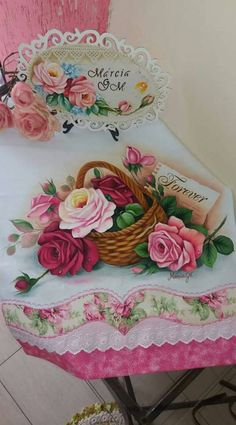 Happy B Day, Fabric Painting, Crochet Stitches, Flower Art, Body Art, Stencils, Diy And Crafts, Balloons, Decorative Boxes