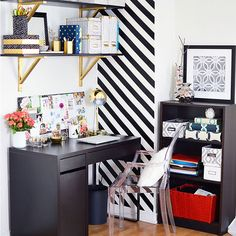 Bold Accents in the office via Harpers Bazaar