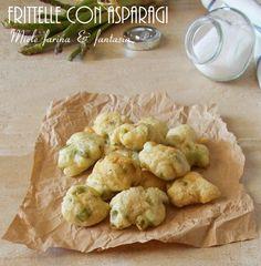 Stuzzicanti e facilisisme #frittelle con #asparagi per #antipasti, #contorni e #aperitivi. Finger Food, Cauliflower, Vegetables, Fantasy, Cauliflowers, Vegetable Recipes, Finger Foods, Cucumber, Veggies