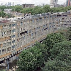 This drone footage shot by Dezeen surveys Alison and Peter Smithson's ill-fated Brutalist estate, Robin Hood Gardens, ahead of its imminent demolition