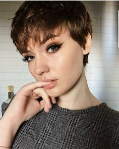 "3,026 Likes, 23 Comments - ShortHair PixieCut Fashion (@nothingbutpixies) on Instagram: ""Wow what a pixie @neutral.fleur just rocks this cut Do you agree?? """
