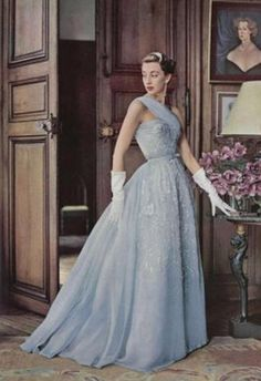 Marie-Thérèse in evening gown of pale blue embroidered chiffon by Pierre Balmain. Photo by Philippe Pottier, 1952 Vintage Evening Gowns, Beautiful Evening Gowns, Vintage Gowns, Vintage Outfits, Evening Dresses, Prom Dresses, Fifties Fashion, Retro Fashion, Vintage Fashion