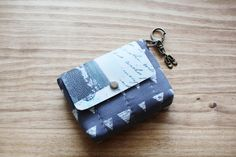 Credit Card Coin Key Ring Wallet. DIY Tutorial in Pictures.
