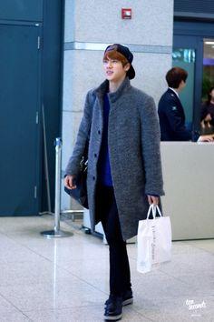 150220- BTS Jin (Kim Seokjin) @ Incheon Airport #bts #bangtan #bangtanboys #fashion #style #korean
