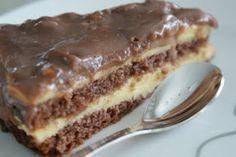 Vaniljatäytteinen Daimsuklaakakku Vegan Desserts, Delicious Desserts, Yummy Food, Baking Recipes, Cake Recipes, Sweet Pastries, No Bake Treats, Sweet And Salty, Desert Recipes