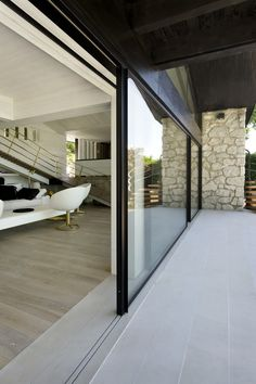 Annecy, France. Vitrocsa products: Invisible TH+. Architect: Remi Tessier www.vitrocsa.co.uk