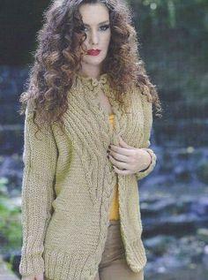 Жакет с планкой из косы