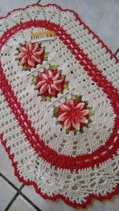 lindo tapete 3 flores medindo 0.80 X 0.47 na cor de sua preferência produto de excelente qualidade e durabilidade