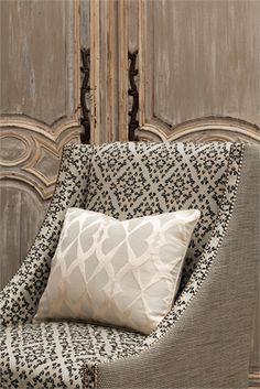 Metallic chair and accent pillow...love this!