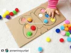 Nenhuma descrição de foto disponível. Motor Skills Activities, Preschool Learning Activities, Infant Activities, Preschool Activities, Montessori Toddler, Toddler Play, Toddler Crafts, Crafts For Kids, Baby Sensory Play