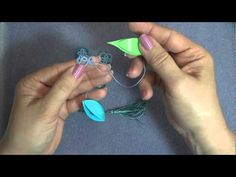 Frivolite-Tatting Lesson 39 - Cerrar una flor - Closing a flower - including folded join Tatting Jewelry, Tatting Lace, Tatting Patterns, Lace Patterns, Needle Tatting Tutorial, Crochet Needles, Yarn Thread, Lace Making, Crochet Videos