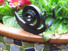 Hand Forged Snail Sculpture Garden Art Blacksmith by HomesteadIron Welded Metal Projects, Blacksmith Projects, Welding Projects, Metal Crafts, Forging Tools, Snail Craft, Garden Whimsy, Scrap Metal Art, Iron Art
