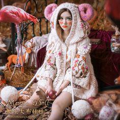 魔法大布娃娃独家森系甜美宽松刺绣熊耳朵童话针织A字短外套毛衣