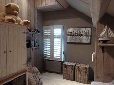 Prachtige met steigerhout gestylde kinder slaapkamer
