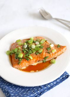 Zalm teriyaki uit de oven - Lekker en Simpel Thai Red Curry, Risotto, Tapas, Yummy Food, Meals, Dinner, Cooking, Ethnic Recipes, Drinks