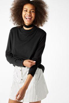 NEW!Soft knit sweater