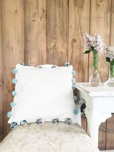 DIY Pillow Covers //