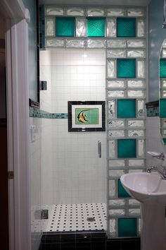 Glass Bathroom, Bathroom Wall Decor, Small Bathroom, Bathroom Ideas, Glass Tiles, Glass Brick, Bathroom Remodeling, Remodeling Ideas, Bathroom Showers