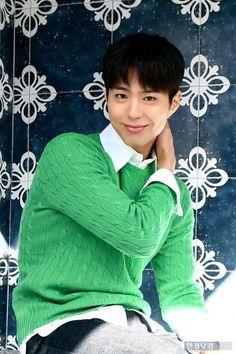 Park Bo Gum Moonlight, Park Go Bum, Asian Men, Korean Actors, Pure Products, Guys, Pretty, People, Inspiration