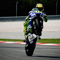 #ValentinoRossi Valentino Rossi: Sepang Circuit,Malaysia Saturday,Qualifing Wheeling! shot by @mighelon