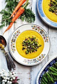 Carrot soup with peas - marchewkowa zupa krem z groszkiem