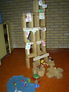 Jenga, Schmidt, Triangle, Toys, School, Annie, Teaching Ideas, Kunst, Activity Toys