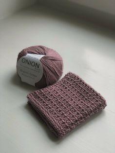Sunday Sweater strikket i økologisk uldgarn - Ecoknitting Knitted Washcloths, Knit Dishcloth, Knitted Hats, Yarn Projects, Knitting Projects, Crochet Projects, Baby Knitting Patterns, Hand Knitting, Crochet Patterns