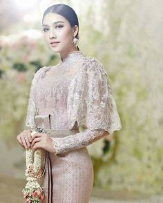 Myanmar Traditional Dress, Thai Traditional Dress, Traditional Wedding Dresses, Traditional Fashion, Traditional Outfits, Kebaya Lace, Kebaya Hijab, Kebaya Dress, Kebaya Wedding