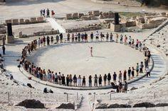Το διεθνές θερινό σχολείο εφαρμοσμένης μελέτης του αρχαίου δράματος, που λειτουργεί κάθε χρόνο κατά τη διάρκεια του Φεστιβάλ Αθηνών και Επιδαύρου στην περιοχή της Αρχαίας Επιδαύρου. Ancient Greece, Projects, Log Projects, Blue Prints
