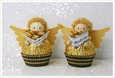 Die goldenen Kugeln lassen mich dieses Jahr nicht los. Nach der Ananas und den vielen kleinen Engeln, die wir beim Elternabend für den ...