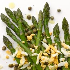 Asparagus with capers and egg
