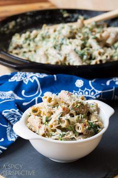 Creamy Spinach Artichoke Pasta! #pasta #spinachartichoke #recipe @Sommer | A Spicy Perspective
