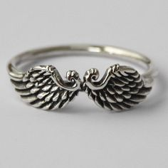 Wings ring, Sterling Silver Ring , Beautiful Petit 925 Sterling silver Angel/Bird wings ring