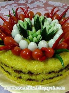 Fruit And Vegetable Carving, Food Decoration, Rice Cakes, Food Design, Fruits And Vegetables, Cake Decorating, Recipies, Homemade, Creative