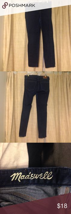 Madewell Skinny Skinny Ankle Jeans size 27 Madewell Size 27 Skinny skinny ankle jeans. Darkish wash. Wearing thing on inner thighs with otherwise in great shape! Have some life left in them! Make offers! Madewell Jeans Skinny