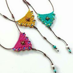 Macrame necklaces!!! Mais