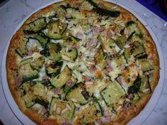 Torta salata con zucchine, prosciutto cotto e scamorza
