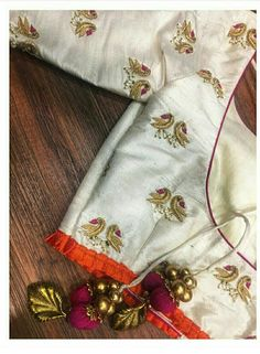Simple Blouse Designs, Saree Blouse Neck Designs, Maggam Work Designs, Designer Blouse Patterns, Design Patterns, Blouse Models, Embroidery Designs, Aari Embroidery, Work Blouse